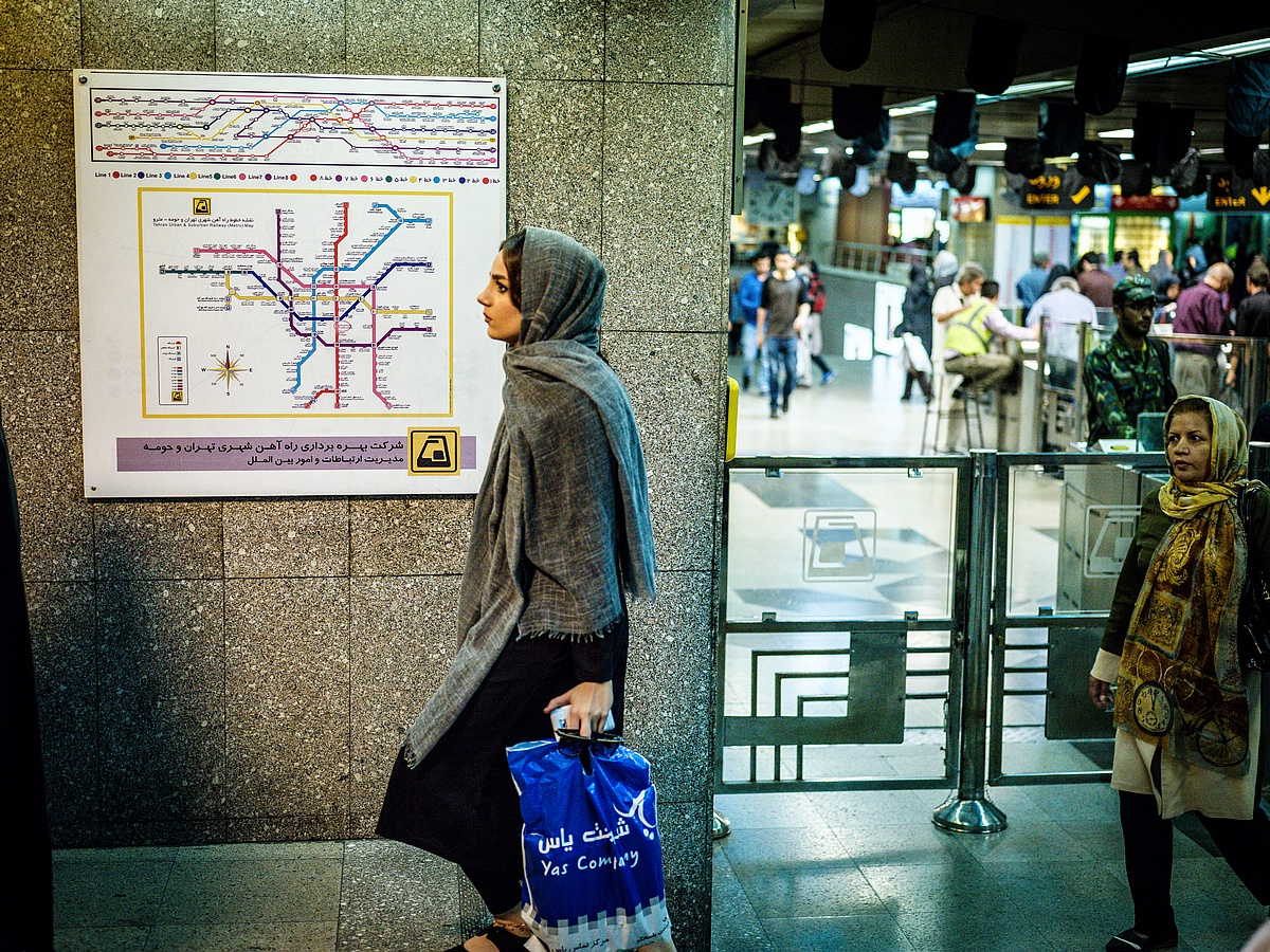 IRAN-001